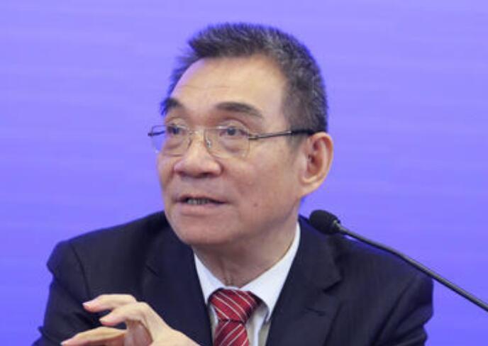 林毅夫:7年后中国经济规模超美国